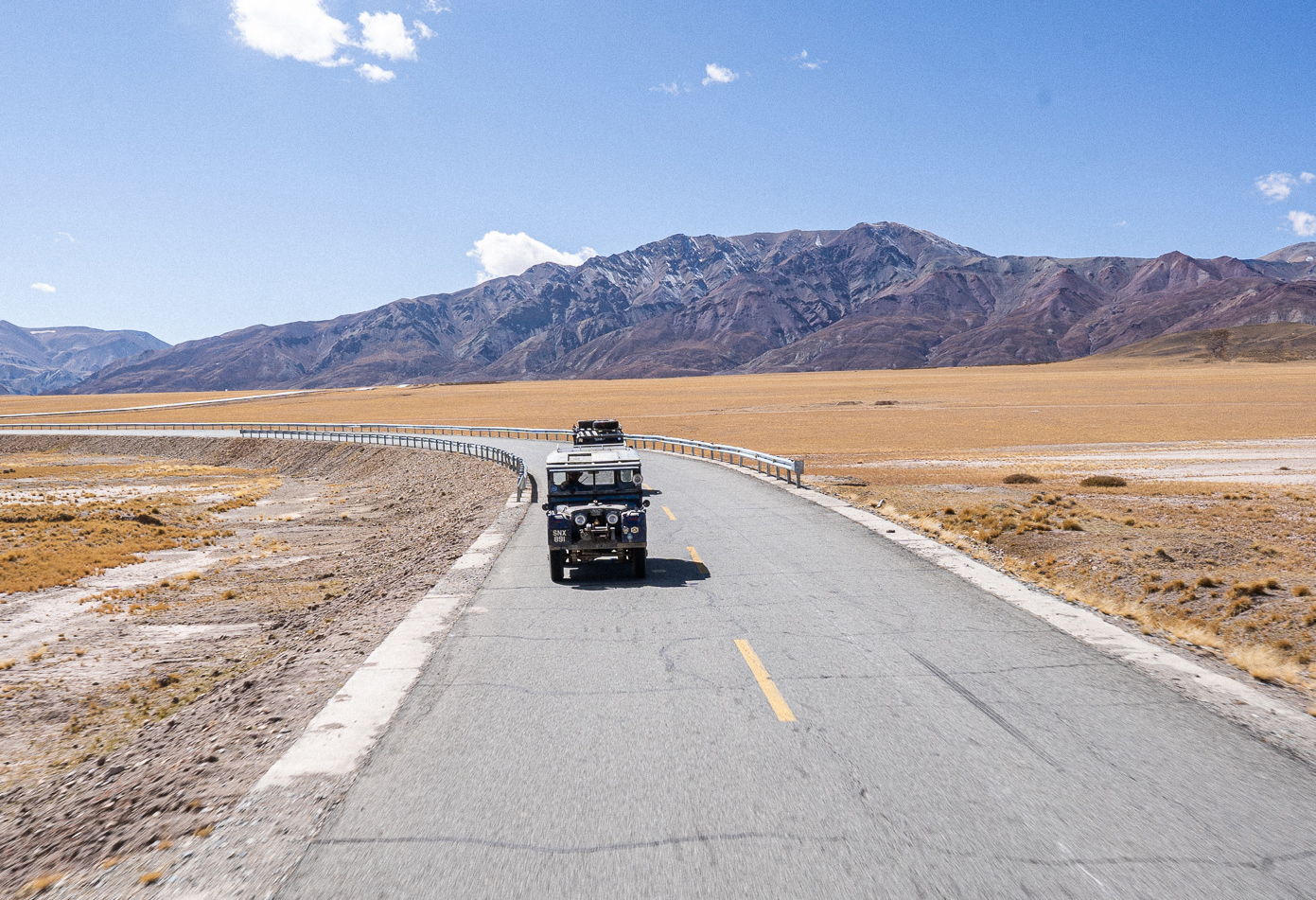 Oxford-on-the-road-through-Tibet-1-1